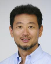 岩田松雄 氏